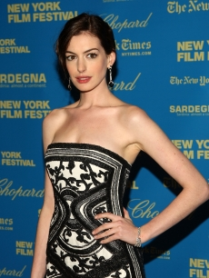 Anne Hathaway is stunning in black and white at the New York Film Festival