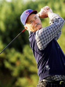 Bill Murray hits the links