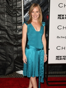 'The Office' star Amy Ryan on the 'Changeling' red carpet