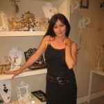 Shannen Doherty checking out JULES SMITH'S collection