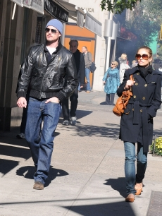Eric Dane and Rebecca Gayheart walk on Madison Avenue, October 17, 2008