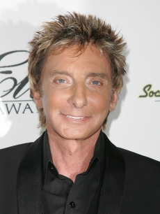 Barry Manilow attends the Society of Singers Ella Awards, May 19, 2008 