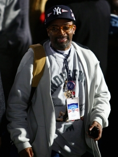 Spike Lee heads out to celebrate Barack Obama&#8217;s victory at Chicago&#8217;s Grant Park 