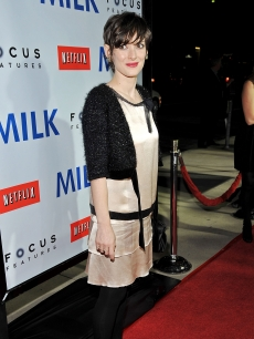 Winona Ryder arrives at the Los Angeles premiere of Focus Features' 'Milk'