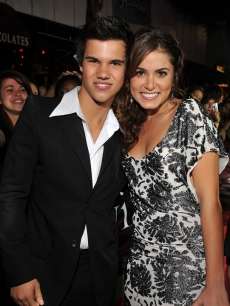 Taylor Lautner and Nikki Reed at the 'Twilight' premiere