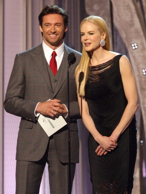 Hugh Jackman and Nicole Kidman present at the 2008 CMAs 