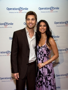 Lovebirds Eric Winter and Roselyn Sanchez