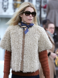 Claudia Schiffer steps out in London, Dec. 1, 2008