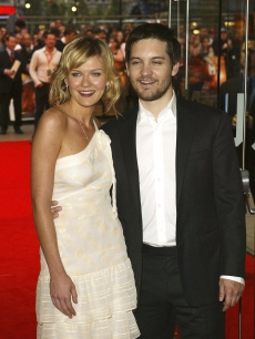 Kirsten Dunst and Tobey Maguire arrive at the UK film premiere of 'Spider-Man 2' at the Odeon Leicester Square on July 12, 2004