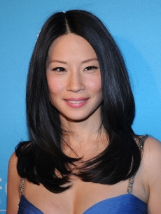 Lucy Liu attends the 2008 UNICEF Snowflake Ball at Cipriani's in New York