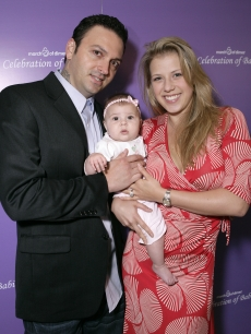 Cody Herpin and Jodie Sweetin with daughter Zoie