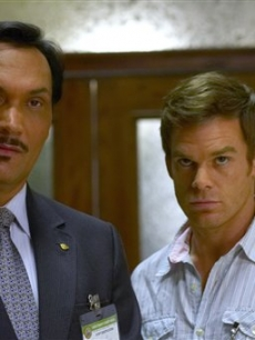 Jimmy Smits as Miguel Prado and Michael C. Hall in &#8216;Dexter&#8217;