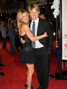 Jennifer Aniston and Owen Wilson arrive at the premiere of 20th Century Fox's 'Marley & Me' in LA