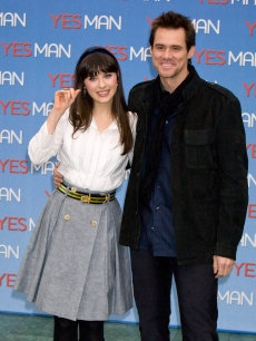 Zooey Deschanel and Jim Carrey at the Rome photocall for 'Yes Man'