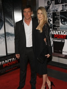 Dennis Quaid and wife Kimberley attend the premiere of &#8216;Vantage Point&#8217; at AMC Lincoln Square on February 20, 2008 in New York City