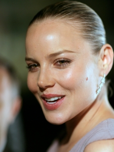 Abbie Cornish arrives for the Calvin Klein Spring 2009 Collection launch at Pier 2 Walsh Bay on December 16, 2008 in Sydney, Australia