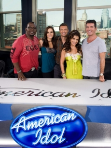 Randy Jackson, Kara DioGuardi, Ryan Seacrest, Paula Abdul and Simon Cowell of 'American Idol' pose before Season 8