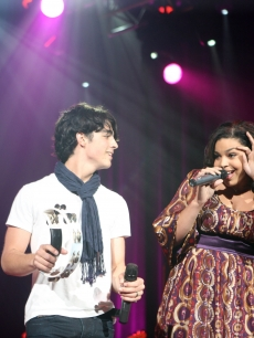 Joe Jonas of The Jonas Brothers and Jordin Sparks perform onstage at Ryman Auditorium on January 4, 2009 in Nashville, Tennessee