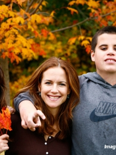 Kelly Preston with daughter Ella and son Jett