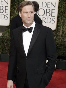 Aaron Eckhart arrives at the 66th Annual Golden Globes