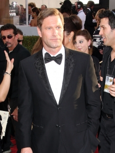 Aaron Eckhart arrives to the 66th Annual Golden Globe Awards