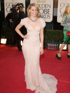 Elizabeth Banks arrives at the 66th Annual Golden Globe Awards