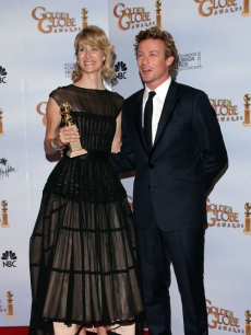 Laura Dern (with presenter Simon Baker) won the Globe for Best Supporting TV Actress for 'Recount'