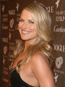 Ali Larter attends the Art of Elysium's 2nd annual black tie gala in Los Angeles