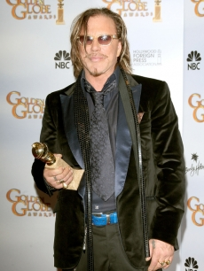 Mickey Rourke came out victorious, taking home the Golden Globe for Best Actor in a Movie, Drama for his role in 'The Wrestler'
