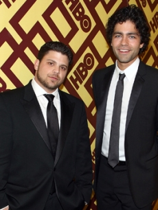 &#8216;Entourage&#8217; stars Jerry Ferrara and Adrian Grenier at the HBO Golden Globes after