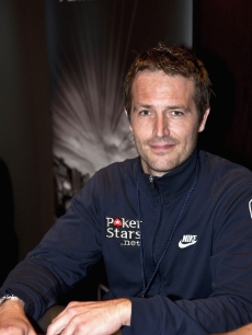 Michael Vartan poses during the 2009 Aussie Millions Poker Championship Celebrity & Media Challenge in the Crown Poker Room on January 15, 2009