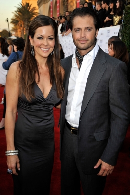 &#8216;Dancing With the Stars&#8217; champ Brooke Burke and fiance David Charvet pose at the People&#8217;s Choice Awards