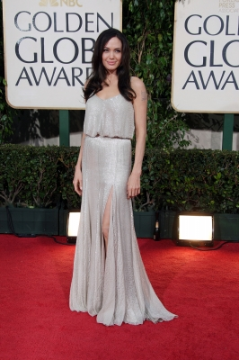 Angelina Jolie arrives at the 66th Annual Golden Globe Awards