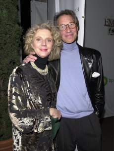 Blythe Danner and Bruce Paltrow arrive at the 10th Annual Environmental Media Awards December 6, 2000 in Santa Monica, CA