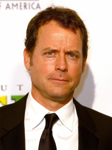 Greg Kinnear arrives at the 20th Annual Producers Guild Awards held at the Palladium on January 24, 2009 in Hollywood, California