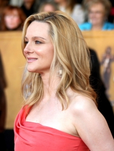 Laura Linney smiles for the press at the SAG Awards, 2009