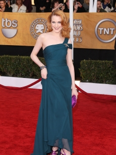 Evan Rachel Wood arrives at the 15th Annual Screen Actors Guild Awards held at the Shrine Auditorium on January 25, 2009 in Los Angeles, California