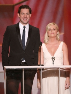 John Krasinski and Amy Poehler speak during the 15th Annual Screen Actors Guild Awards held at the Shrine Auditorium on January 25, 2009 in Los Angeles, California