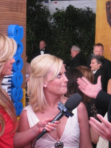 Amy Poehler and Will Arnett goof around with Nancy at the SAG Awards