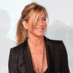 Jennifer Aniston attends the 'He's Just Not That Into You' film premiere at Grauman's Chinese Theatre