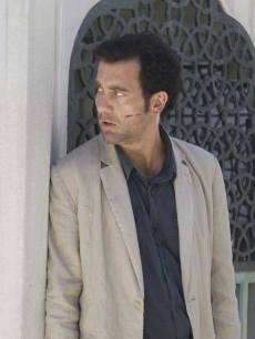 Clive Owen plots his next move in 'The International'