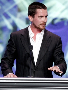 Christian Bale takes the stage at the 2009 DGA Awards