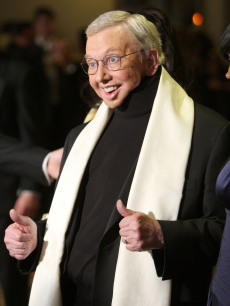 Honoree and film critic Roger Ebert arrives to the 2009 DGA Awards