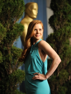 Amy Adams arrives at the Academy Awards nominee luncheon at the Beverly Hilton Hotel in Beverly Hills, California on February 2, 2009