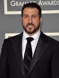 Joey Fatone arrives at the 51st Annual Grammy Awards held at the Staples Center on February 8, 2009 in Los Angeles, California.