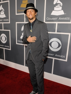 Jason Mraz arrives at the 51st Annual Grammy Awards held at the Staples Center on February 8, 2009 in Los Angeles, California