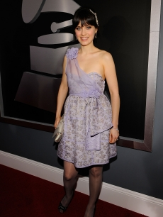 Zooey Deschanel arrives at the 51st Annual Grammy Awards