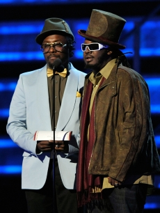 will.i.am and T-Pain speak during the 51st Annual Grammy Awards