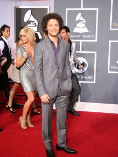 Justin Guarini heads into the Grammys with Kimberly Caldwell not far behind