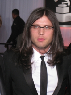 The Followhill brothers from Kings of Leon pose at the Grammys